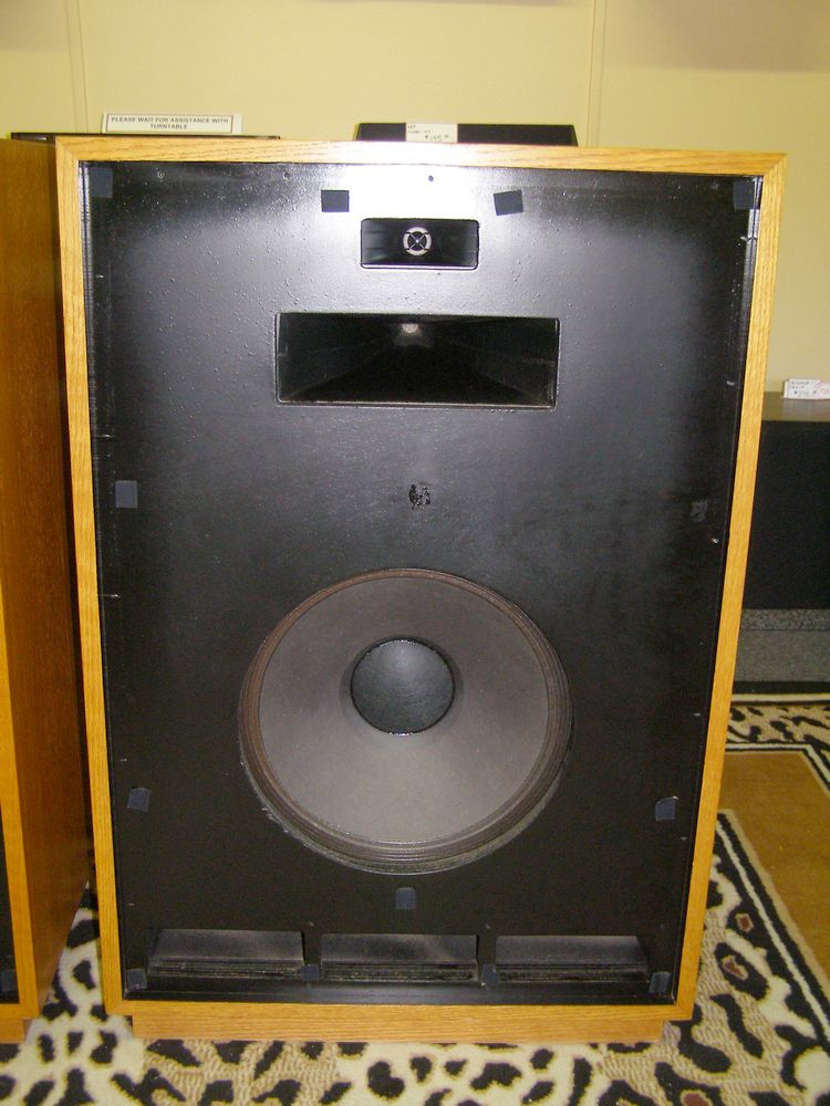 What Is Lacquer >> Klipsch Cornwall Speakers Oak Lacquer
