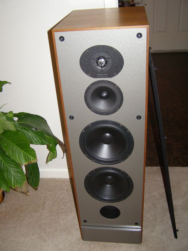 paradigm studio monitor speakers